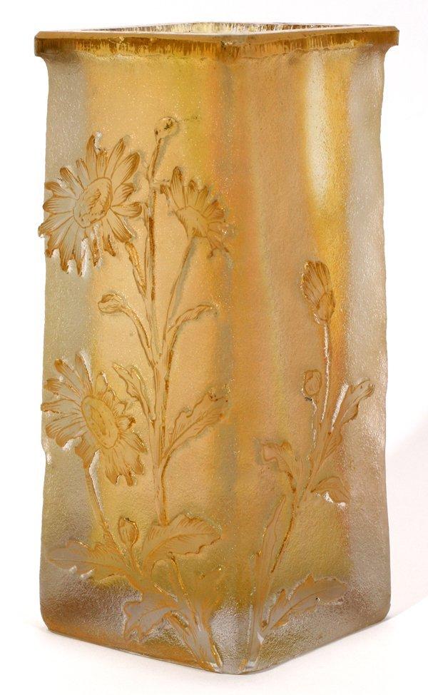 081008: DAUM NANCY CAMEO GLASS VASE, C. 1895-1920,