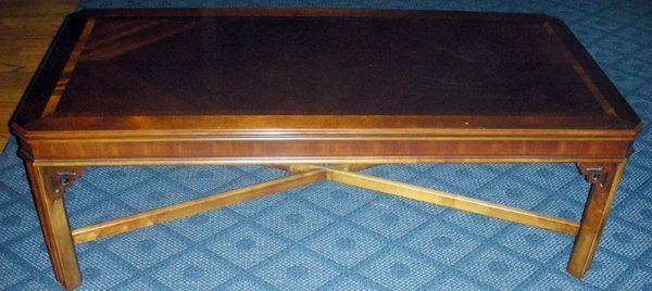 081428: LANE CHIPPENDALE STYLE MAHOGANY COFFEE TABLE - 3