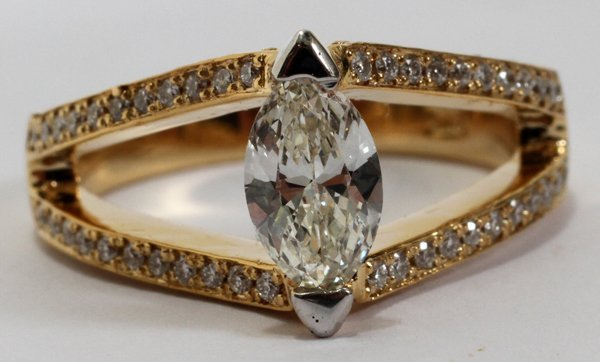 090058: 14KT Y/GOLD & .70CT MARQUISE DIAMOND RING,