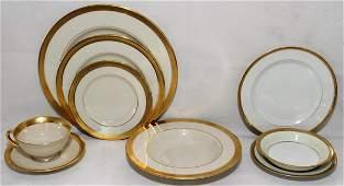 091166: LENOX & LIMOGES GOLD BANDED DINNER SET, 95