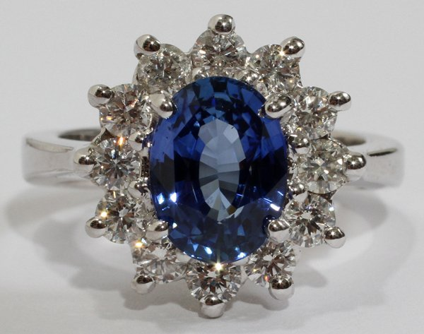 100018: 2.69CT NATURAL SAPPHIRE & 1.00CT DIAMOND RING,
