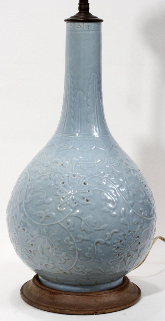 "101409: CHINESE PORCELAIN VASE MOUNTED AS LAMP, H 14"""