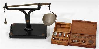 101478: ANTIQUE METAL SCALE WITH WEIGHTS, LATE 19TH C.