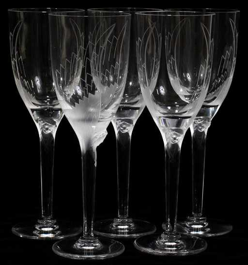 110008 Lalique Cut Crystal Wine Glasses Five H 8