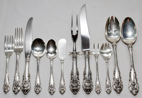 121014: WALLACE 'SIR CHRISTOPHER' STERLING FLATWARE SET