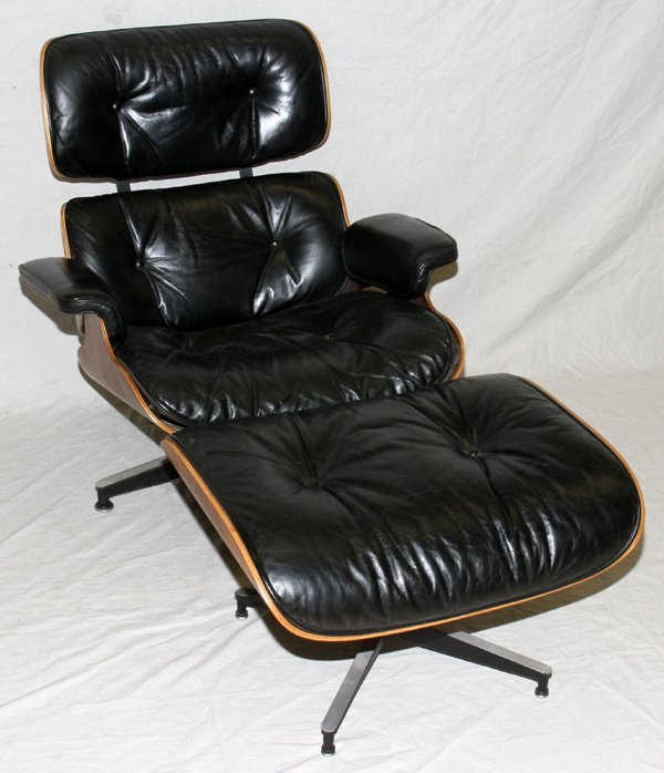 121147: EAMES LOUNGE CHAIR & OTTOMAN FOR HERMAN MILLER