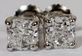 010020: 1.01CT & 1.00CT DIAMOND CUSHION STUD EARRINGS