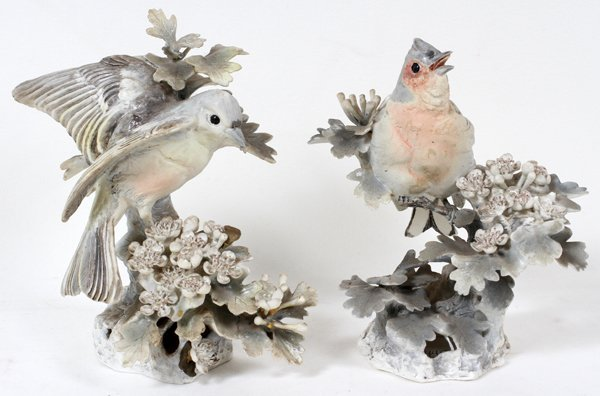 011006: DOROTHY DOUGHTY ROYAL WORCESTER CHAFFINCHES