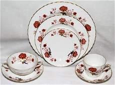 011099: ROYAL CROWN DERBY 'BALI' PORCELAIN DINNER SET