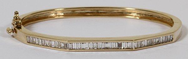 14KT GOLD & 2.50CT DIAMOND BANGLE BRACELET