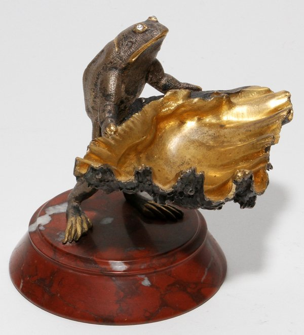 "FRENCH BRONZE FIGURE OF A FROG, H 3"", W 3 3/4"""