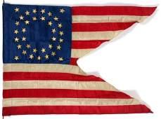 "AMERICAN CAVALRY GUIDON FLAG, H 28"", L 38"""