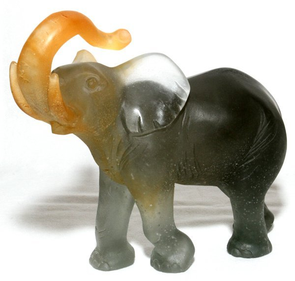 "DAUM PATE DE VERRE ELEPHANT, H 7 3/4"", L 9"""