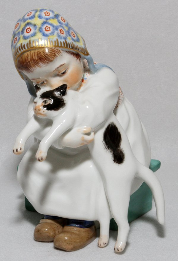 "MEISSEN PORCELAIN FIGURE OF A GIRL WITH CAT 5""H"
