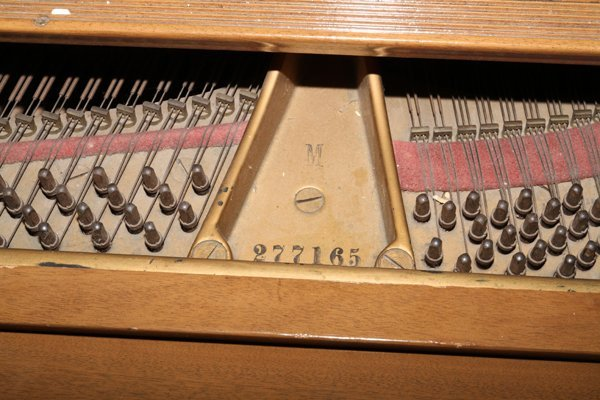 STEINWAY MAHOGANY BABY GRAND PIANO, C. 1934 - 3