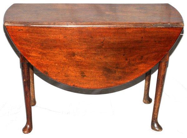 GEORGIAN MAHOGANY DROP-LEAF TABLE, 18TH C. 29'H