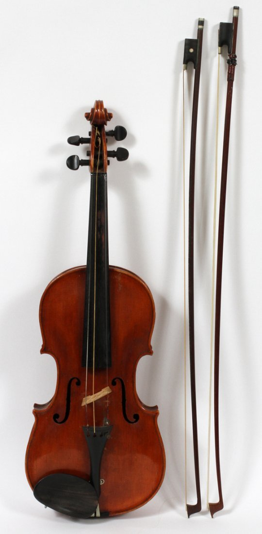 ACKERMANN & LESSER VIOLIN AND TWO BOWS, C1900'S