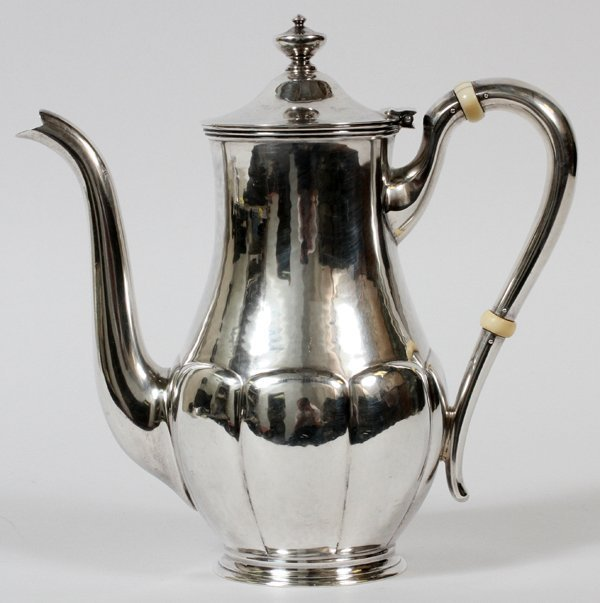 KARL F. LEINONEN STERLING COFFEE POT, C. 1930