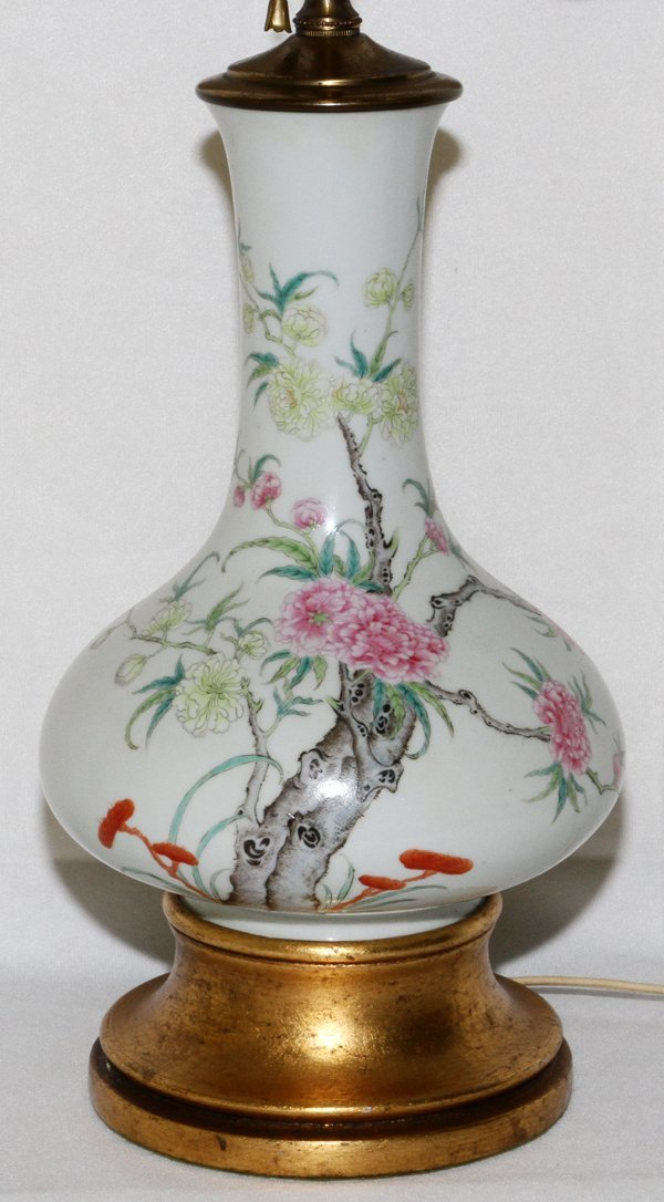 "CHINESE PORCELAIN VASE CONVERTED TO LAMP, 24"" H"