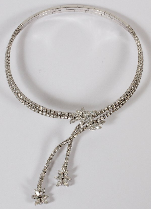 "18KT WHITE GOLD & 26.00CT DIAMOND NECKLACE 14""L"