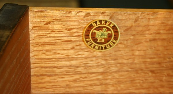 BAKER FURNITURE CO. MAHOGANY CHEST OF DRAWERS - 2