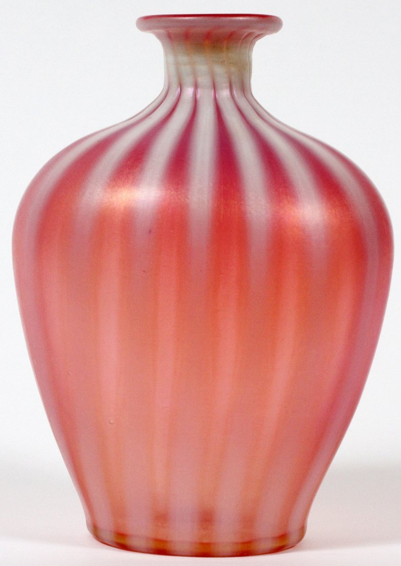 STEUBEN ORIENTAL POPPY GLASS DECANTER