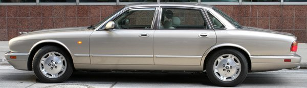 JAGUAR XJ6 1995 FOUR-DOOR SEDAN