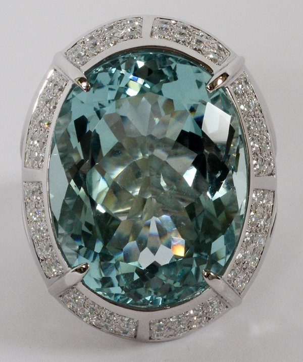 18KT WHITE GOLD 56.09CT AQUAMARINE & DIAMOND RING