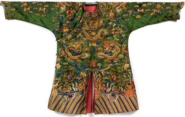 CHINESE EMBROIDERED GREEN SILK DRAGON ROBE