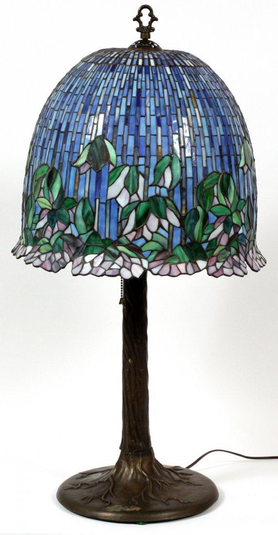 TIFFANY STYLE LEADED GLASS LAMP