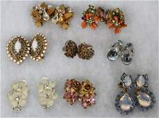 VINTAGE COSTUME EARCLIPS 8 PAIRS