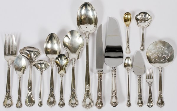 GORHAM 'CHANTILLY' STERLING SERVING PIECES - 18PCS