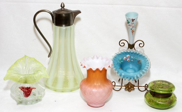 VICTORIAN GLASS EWER EPERGNE BOX & VASES
