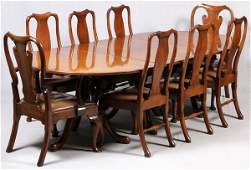 KITTINGER QUEEN ANNE STYLE MAHOGANY DINING SET, 20TH C.
