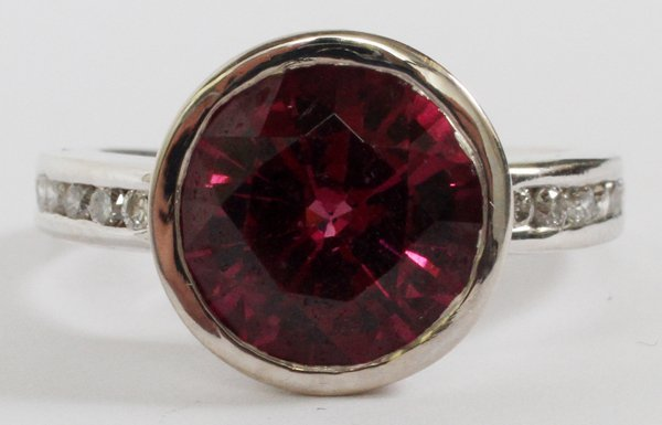 4.66CT NATURAL RASPBERRY GARNET & DIAMOND RING