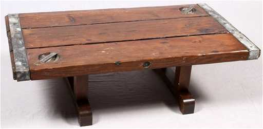 WWII LIBERTY SHIP HATCH COVER CONVERTED INTO TABLE - Ship hatch coffee table