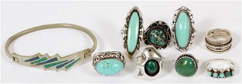 TURQUOISE AND SILVER JEWELRY: 8 RINGS 1 BRACELET