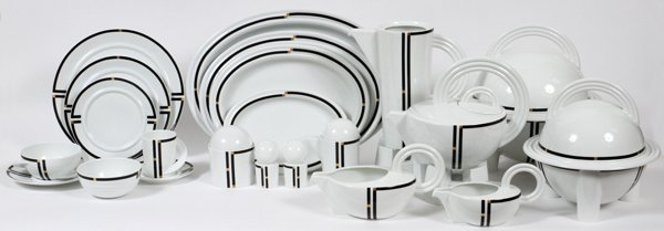 ROSENTHAL 'NERA' PORCELAIN DINNER SET 204 PIECES