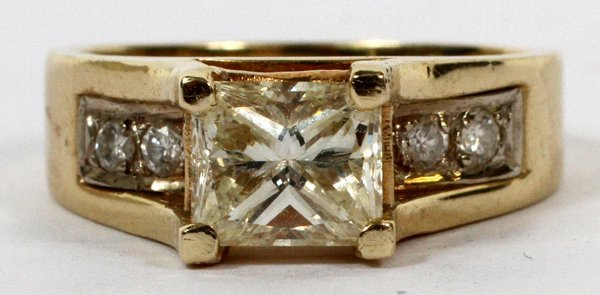 LADY'S 14KT YELLOW GOLD AND 1.45 CT DIAMOND RING