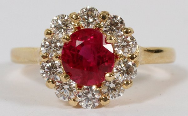 YELLOW GOLD, NATURAL RUBY & DIAMONDS RING