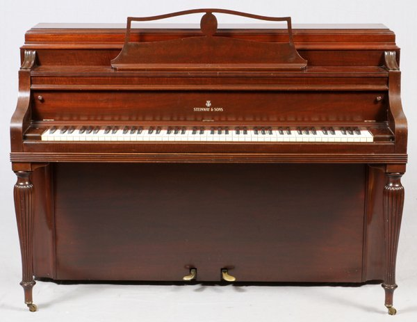 STEINWAY MODEL 40 UPRIGHT PIANO #305813 1941