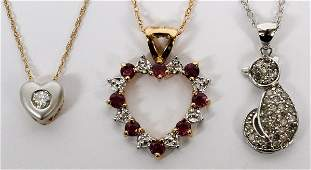 YELLOW GOLD SAPPHIRE AND DIAMOND PENDANT NECKLACES