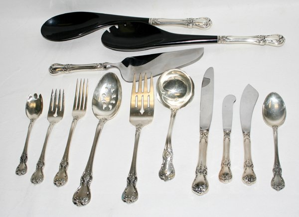 """110005: TOWLE """"OLD MASTER"""" STERLING SILVER FLATWARE"""