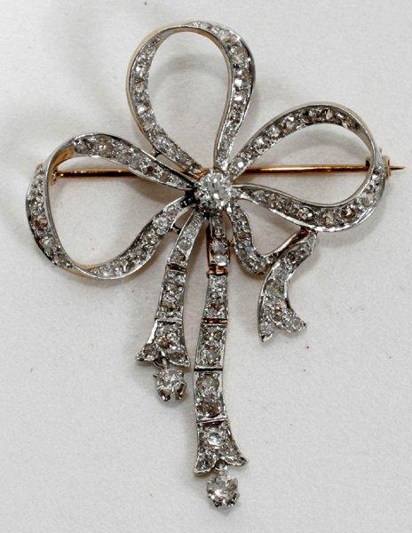 110011: WHITE & YELLOW GOLD & DIAMOND LADIES BOW PIN