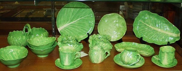 111514: DODIE THAYER DOTTERY LETTUCE LEAF WARE - 2