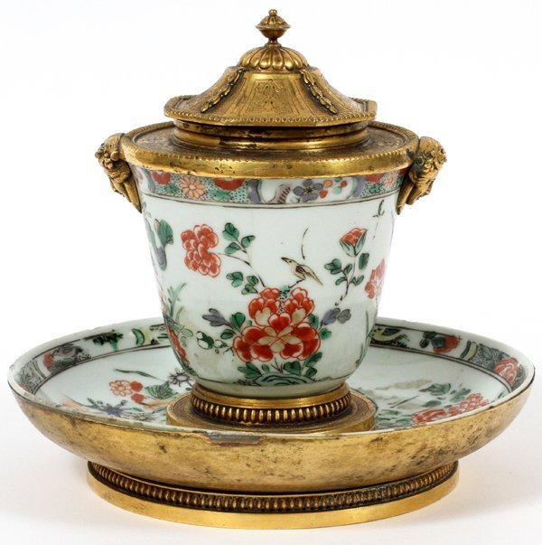 FRENCH BRONZE-MOUNTED CHINESE PORCELAIN ENCRIER