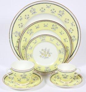 Wedgwood 'pimpernel' Porcelain Dinner Set 44 Pieces