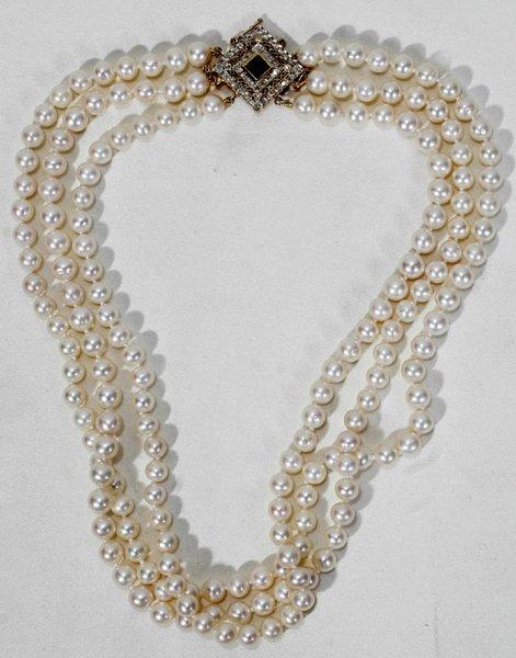 020007: PEARL, DIAMOND, SAPPHIRE & GOLD NECKLACE
