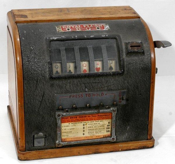 "020017: ROSSBERG ""ROYAL FLUSH"" POKER MACHINE, C.1930"