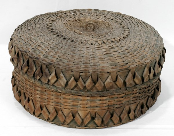 020023: NATIVE AMERICAN STRAW COVERED BASKET, 19TH C.
